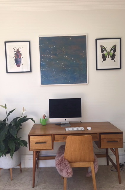 image with desk