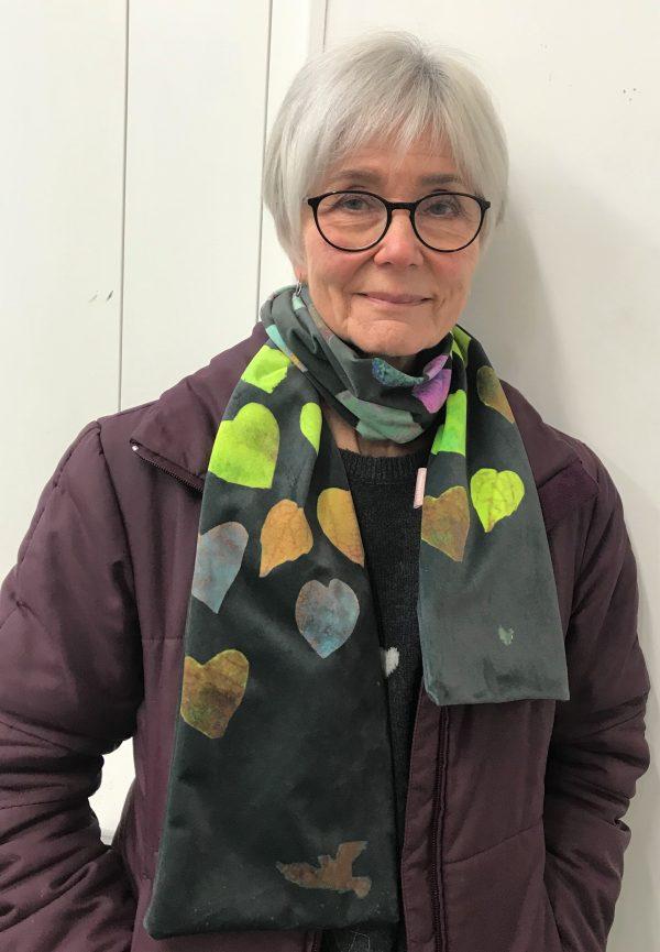 A beautiful Valentines velvet scarf